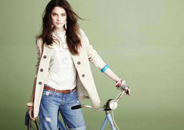 Изображение 5. Рекламные кампании: H&M, Levi's и другие.. Изображение № 29.