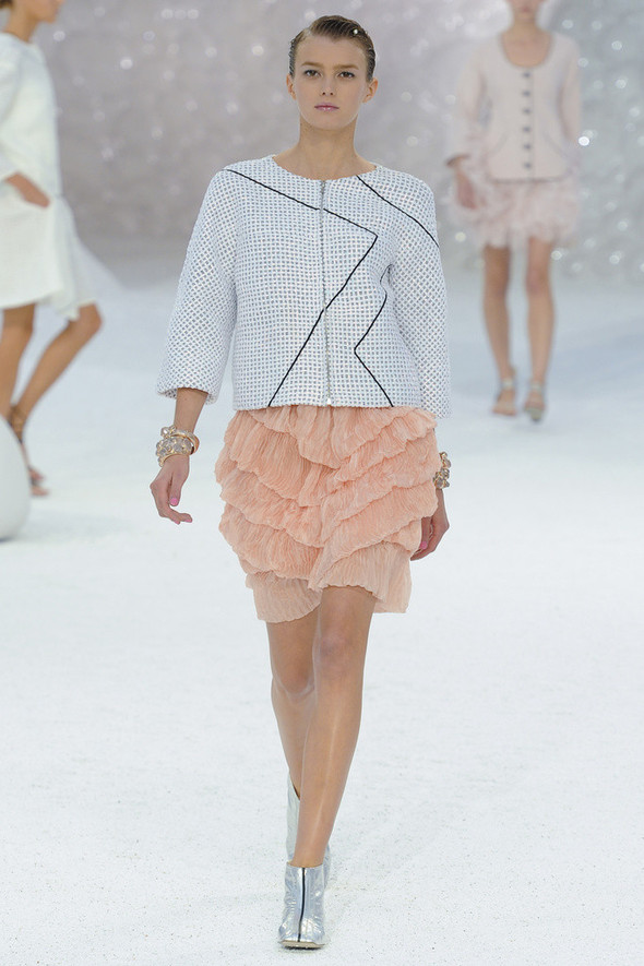 Chanel на Парижской неделе моды. Изображение № 12.