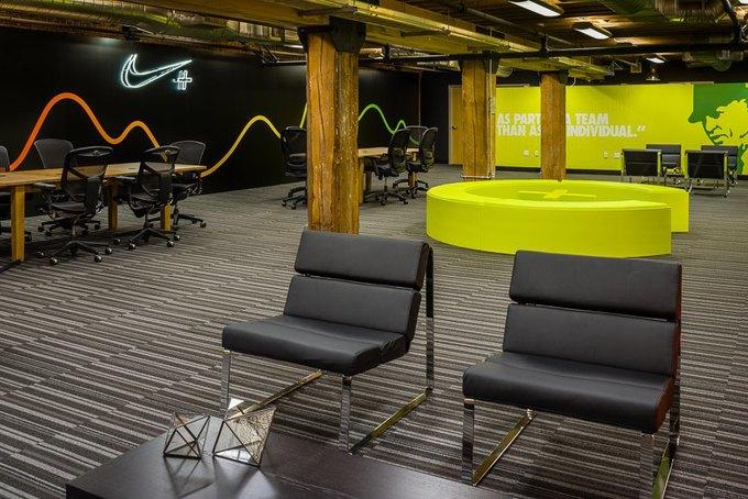 Опубликованы первые фотографии стартап-лаборатории Nike+ Fuel Lab. Изображение № 5.