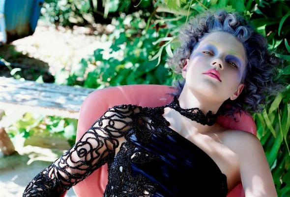 Vogue Italia September 2003. Изображение № 6.