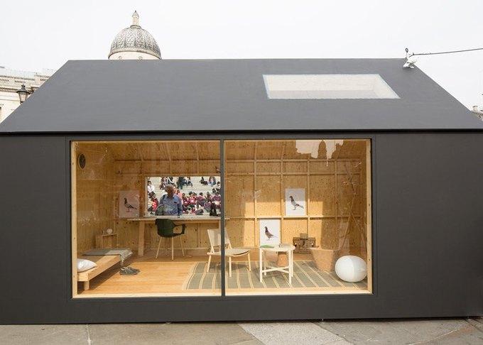 Дизайнеры создали инсталляцию для Airbnb на Трафальгарской площади. Изображение № 19.