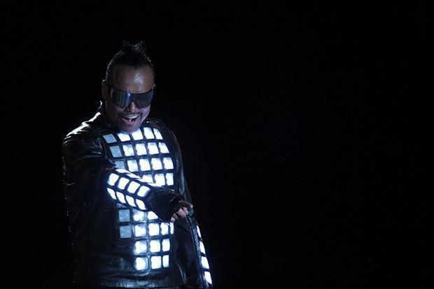 Создатели интерактивной одежды Studio XO — о моде будущего. Изображение № 1.