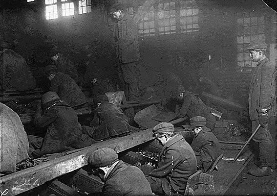 Эксплуатации детского труда в Америке (1910 год).И эмигранты США. Изображение № 24.