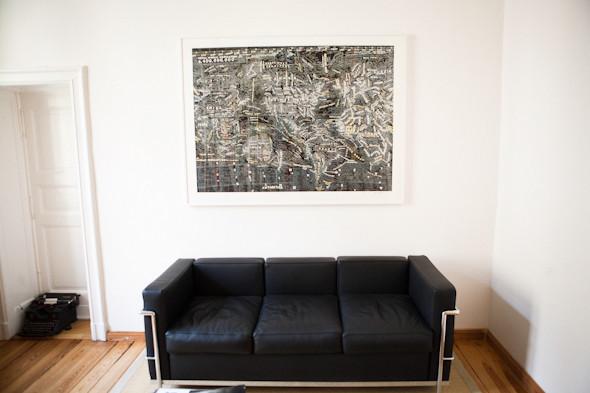 Рабочее место: Юстус Ойлер, арт-директор дизайн-студии Pentagram в Берлине. Изображение № 75.