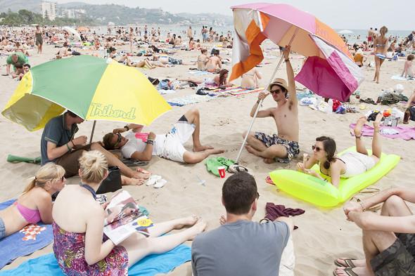 Фестиваль Benicassim в Барселоне: Ночные танцы, дни на пляже и алко-маршрут Хемингуэя. Изображение № 22.
