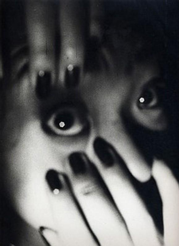 Daido Moriyama «POSTWAR PHOTOGRAPHY 2″. Изображение № 9.