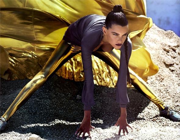 Быстрее, выше, сильнее: Модные съемки, вдохновленные спортом. Изображение №81.