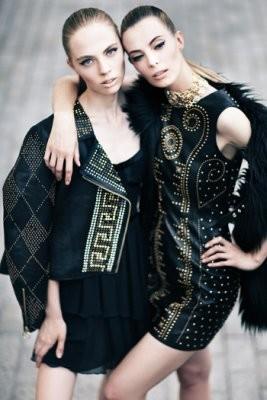Съёмка в октябрьском номере Vogue Russia. Изображение № 9.