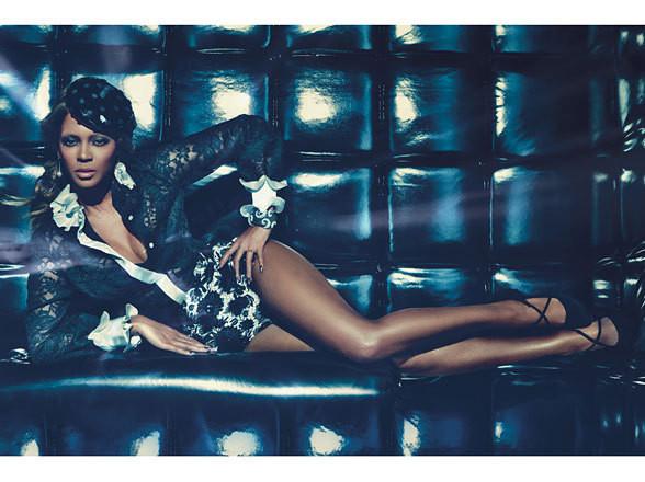 Изображение 58. Съёмки: Harper's Bazaar, Vogue, W и другие.. Изображение № 57.