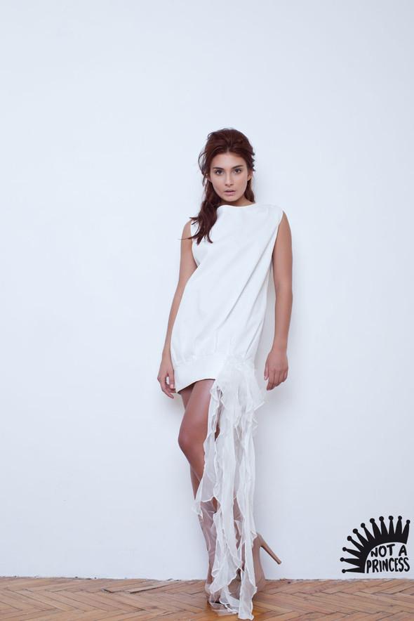 NOT A PRINCESS - новый бренд, дизайнерские свадебные платья. Изображение № 3.