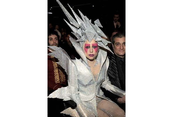 Леди Гага стажируется у Филипа Трейси. Изображение № 3.