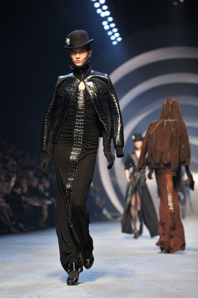 Jean Paul Gaultier for Hermes (fall-winter 2010). Изображение № 20.