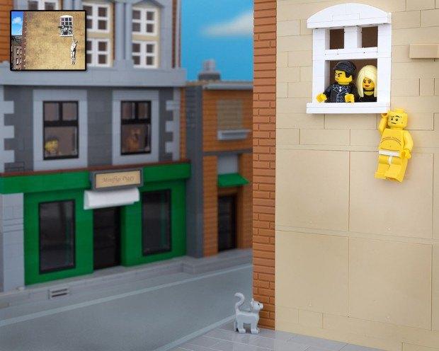 Работы Бэнкси воссоздали в конструкторе LEGO. Изображение № 14.