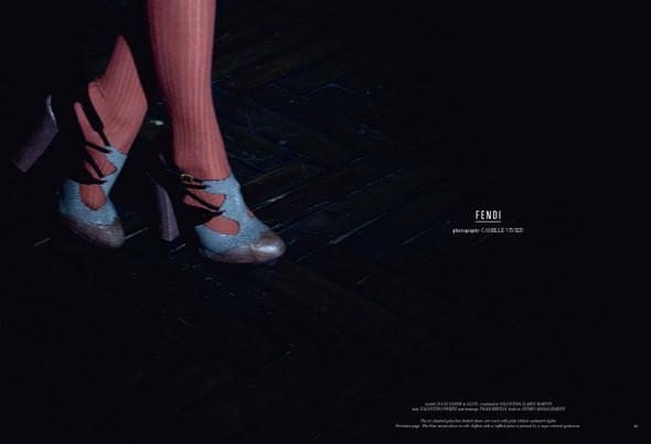 Съёмка: Юлия Занер в Fendi для Grey. Изображение № 2.