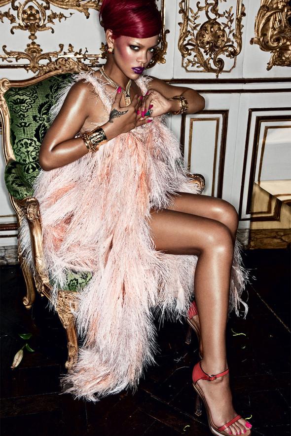 Rihanna в журнале Interview. Изображение № 4.