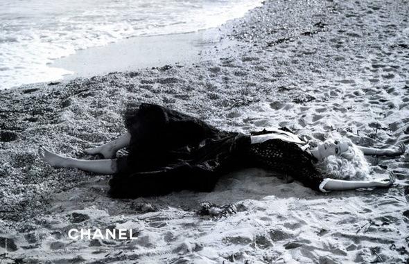 Fashion Advertisements, Выпуск 11 лучшие фотографии изрекламных кампаний модных брендов 2008. Изображение № 13.
