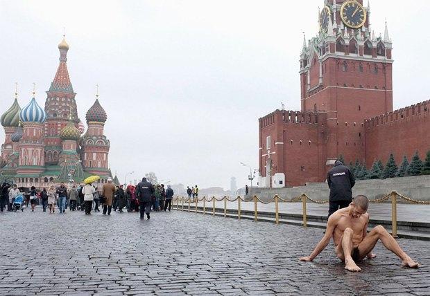 Художник Павленский не понесет наказания. Изображение № 1.