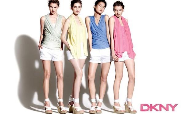 Рекламная кампания DKNY Pre-Fall. Изображение № 4.