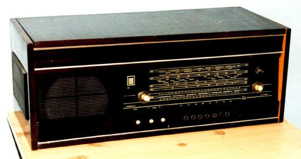 Радиоприемники в стиле ретро. Изображение № 26.