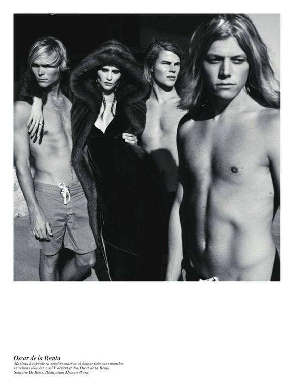 Съёмка: Аризона Мьюз, Лара Стоун, Наташа Поли и другие модели во французском Vogue. Изображение № 14.