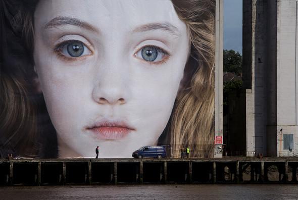 Провокатор Готфрид Хельнвейн (Gottfried Helnwein). Изображение № 2.