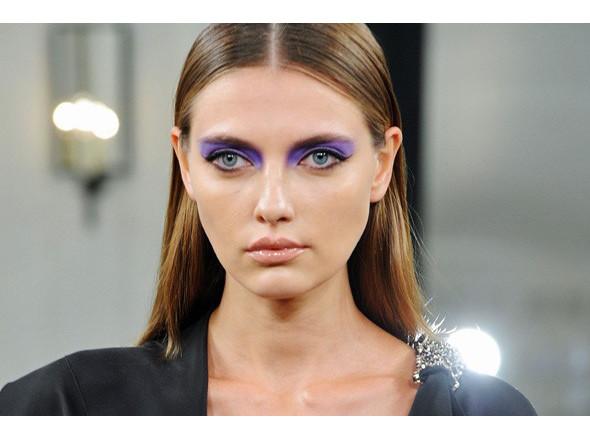 Изображение 15. Красная стрела: тенденции макияжа SS 2011.. Изображение № 20.