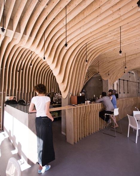 Под стойку: 15 лучших интерьеров баров в 2011 году. Изображение № 35.
