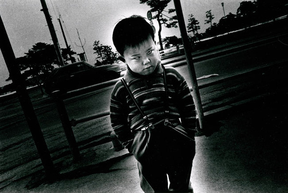 Daido Moriyama «POSTWAR PHOTOGRAPHY 2″. Изображение № 12.