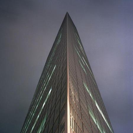 Мегаполисы ночью Гонконг, Дубаи, Нью-Йорк, Шанхай. Изображение № 20.