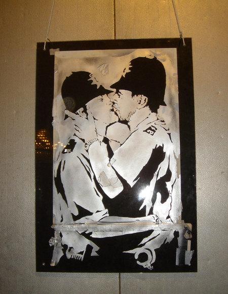 Изображение 5. Арт-терроризм Banksy.. Изображение №6.