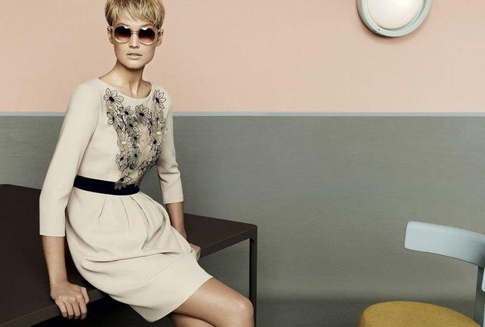 Max Mara, Prada и другие марки выпустили новые кампании. Изображение № 61.