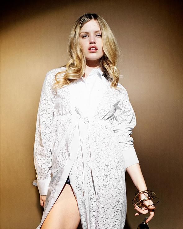 Съёмки: Harper's Bazaar, Interview, Vogue и другие. Изображение № 39.