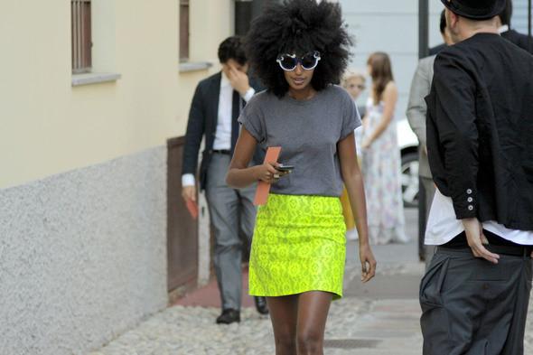 Изображение 26. Девушки на Milan Fashion Week: день 2.. Изображение № 25.