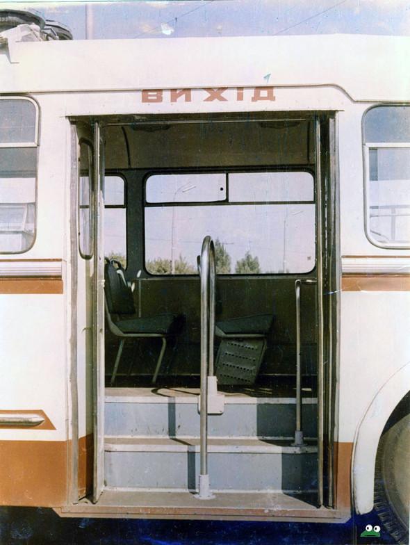 Первые троллейбусы. Изображение № 27.