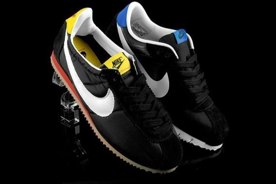Nike Cortez – Liverpool Multipack. Изображение № 1.