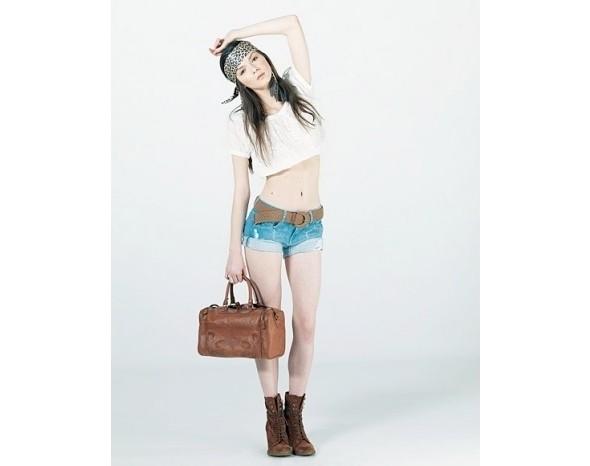 Лукбуки: Bershka, Urban Outfitters, Zara и другие. Изображение № 13.