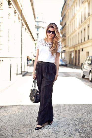 Уличный стиль на Неделе высокой моды в Париже. Изображение № 23.