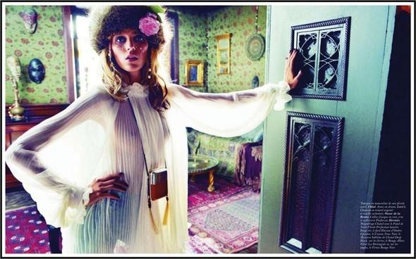 Съёмка: Аня Рубик для Vogue. Изображение № 9.