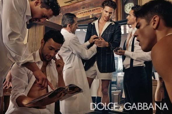 Dolce & Gabbana Fall 2010. Изображение № 7.
