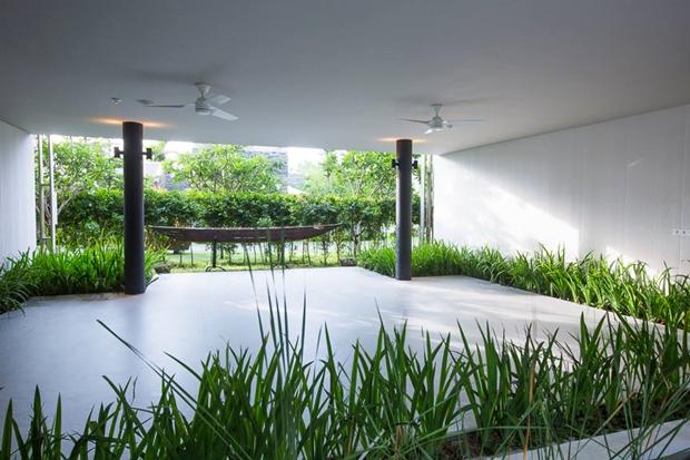 Архитектура дня: белый спа-центр во Вьетнаме с растениями на фасаде. Изображение № 11.