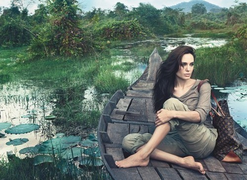 Изображение 1. Анджелина Джоли в рекламной кампании Louis Vuitton.. Изображение № 1.