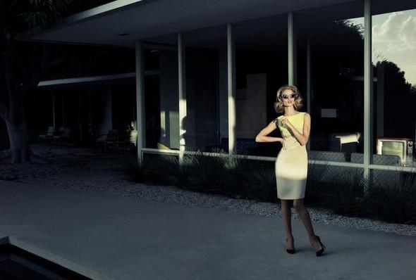 Рози Хантингтон для Harper's Bazaar UK. Изображение № 8.