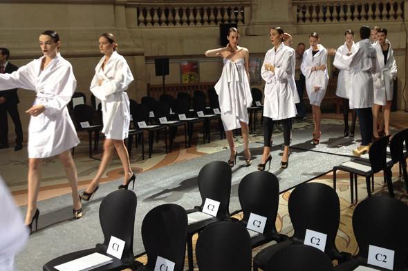 Дневник модели: Показы недели моды Haute Couture. Изображение № 23.