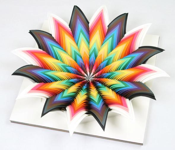 Абстракция из цветной бумаги. Изображение № 3.