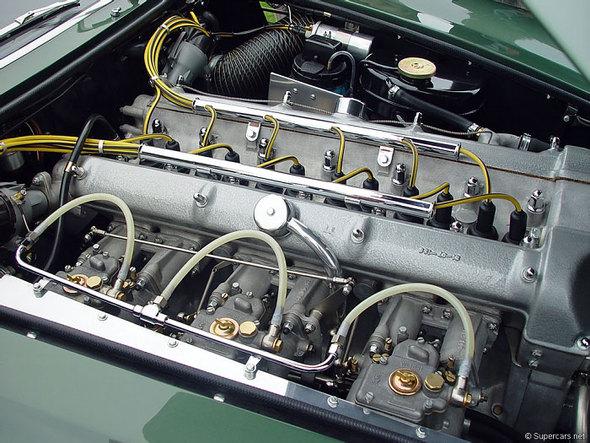 Aston Martin DB4 GTZagato. Изображение № 11.
