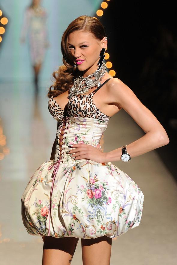 New York Fashion Week: Betsey Johnson Spring 2012. Изображение № 26.