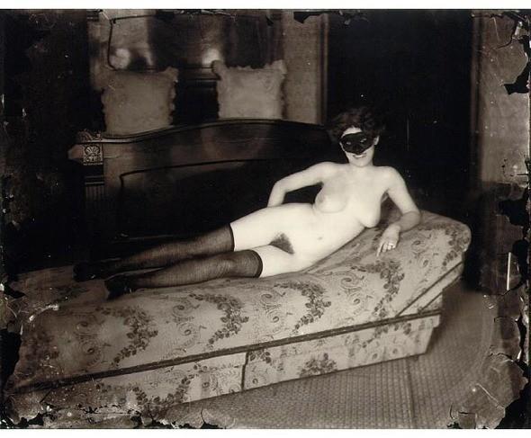 Части тела: Обнаженные женщины на винтажных фотографиях. Изображение №29.