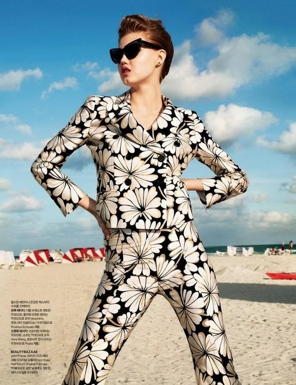 Lindsey Wixson for Harper's Bazaar Korea. Изображение № 6.