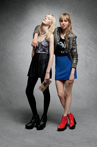 Лукбук: Urban Outfitters Fall 2011. Изображение № 29.