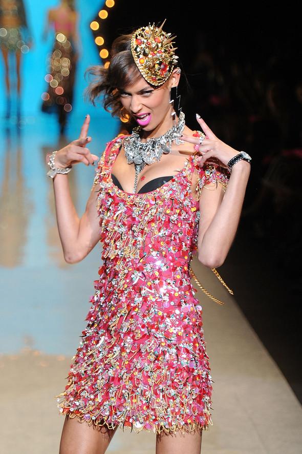 New York Fashion Week: Betsey Johnson Spring 2012. Изображение № 92.